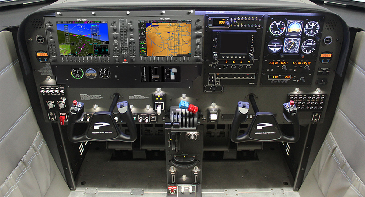 Aircraft Instrument Training in a Flight Simulator